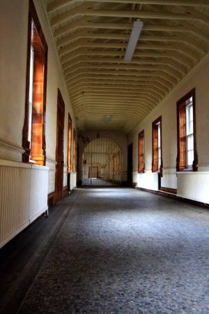 Gated corridor