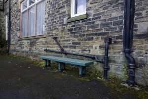 denton clifton airing court bench