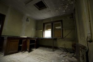 Mortuary ante room